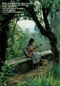 Frau mit Gittarre: Singt dem Herrn ein neues Lied, Psalm 96 1990