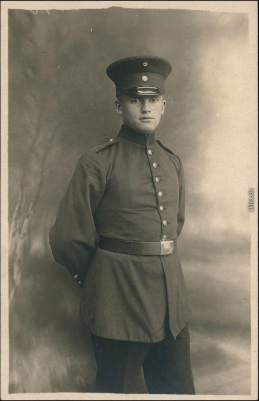 Ansichtskarte  Soldaten-Porträts 1. Weltkrieg  Militaria 1917