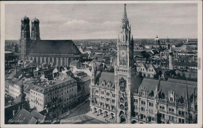 München Rathaus mit Frauenkirche - Blick über die Stadt g1943