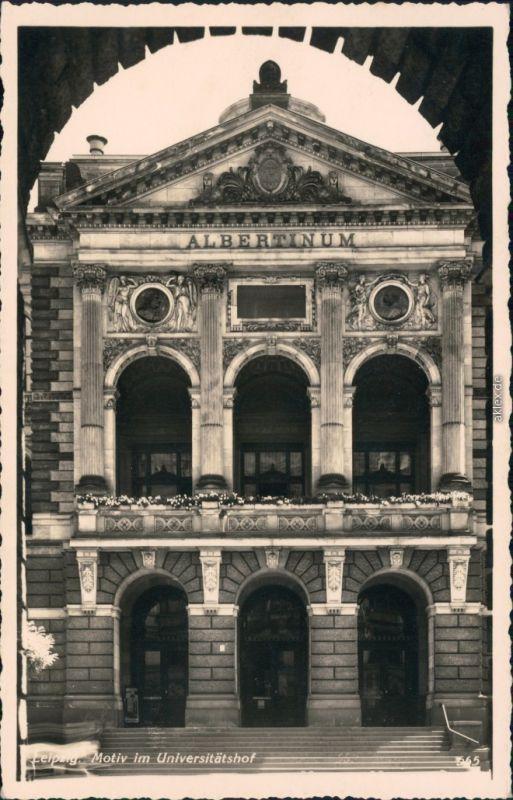 Ansichtskarte Leipzig Universität Leipzig - im Universitätshof 1934