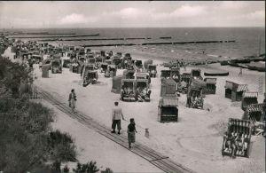 Ansichtskarte Koserow Strand mit Strandkörbe und Besucher 1962