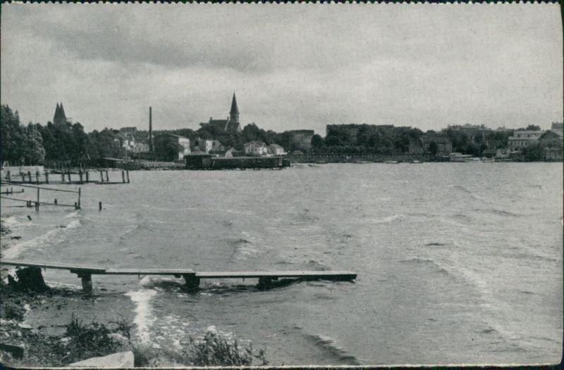 Osterode (Ostpreußen) Ostróda Blick auf die Stadt mit See 1957
