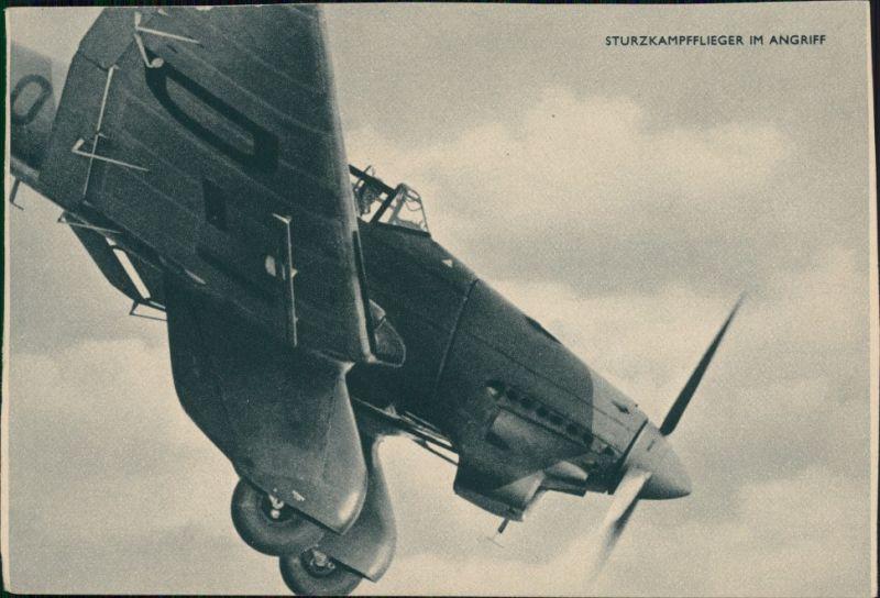 Ansichtskarte  Sturzkampfflieger im Angriff 1943
