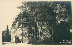 Ansichtskarte Weimar Partie an der Bibliothek 1932