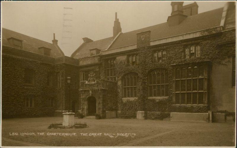 Postcard London THE CHARTERHOUSE, THE GREAT HALL 1933