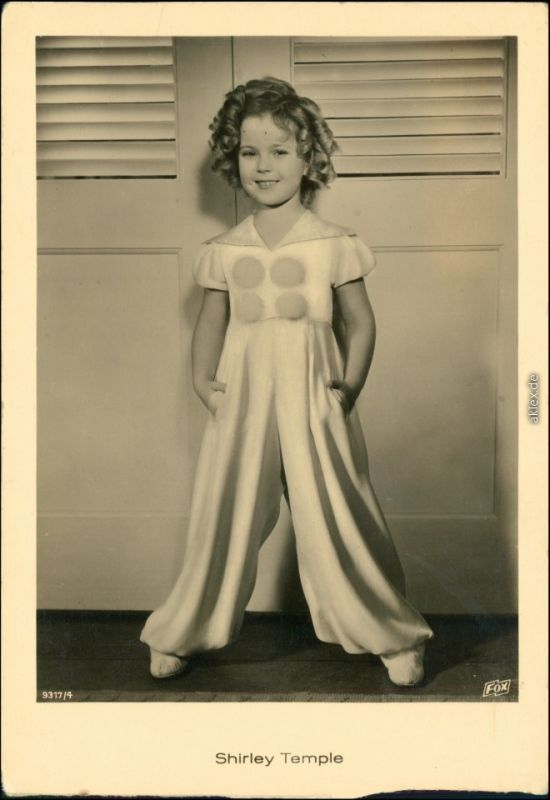 Ansichtskarte  Shirley Temple als Kind posiert 1940