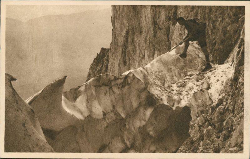 Ansichtskarte  Kletterei im Fels - Randkluft Bergsteiger Alpen 1925