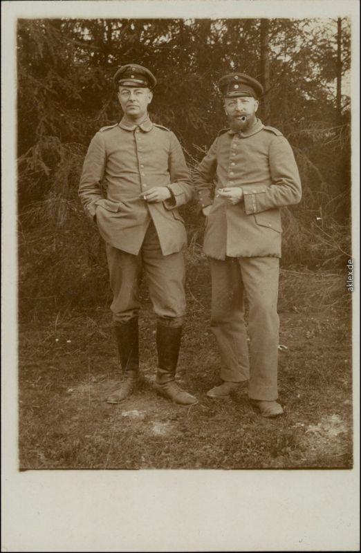 Ansichtskarte  2 Soldaten, WK1 - VI Res. Korps - Fotokarte 1915