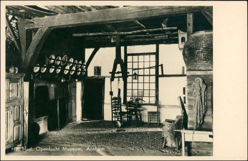 Postkaart Arnheim Arnhem Openlucht Museum - Bauernhaus - Innenansicht 1932