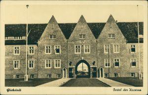Ansichtskarte Glückstadt Lykstad Partie an der Kaserne - Portal 1932