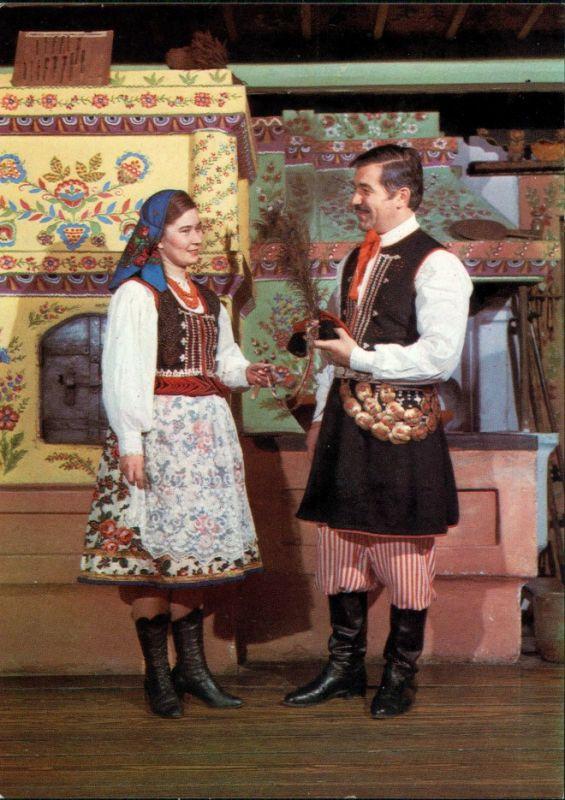 Olszanica FOLKLOR KRAKOWSKI: Para w strojach ludowych z Olszanicy. 1975