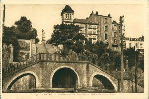 CPA Nantes Escalier des Cent Marches et Statue de Sainte Anne 1940