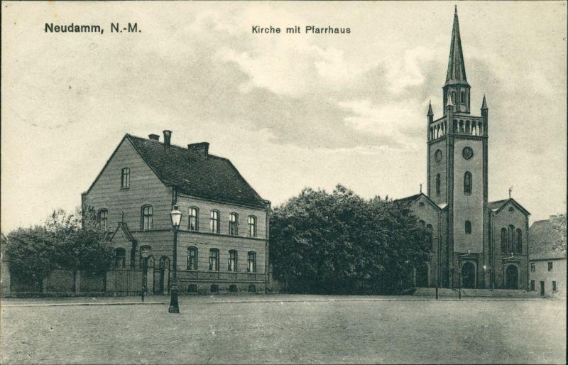 Postcard Neudamm (Neumark) Dębno Straße, Kirche, Pfarrhaus 1935