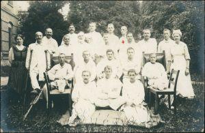Krankenschwestern, Soldaten im Lazarett WK1 Militaria 1917 Privatfoto