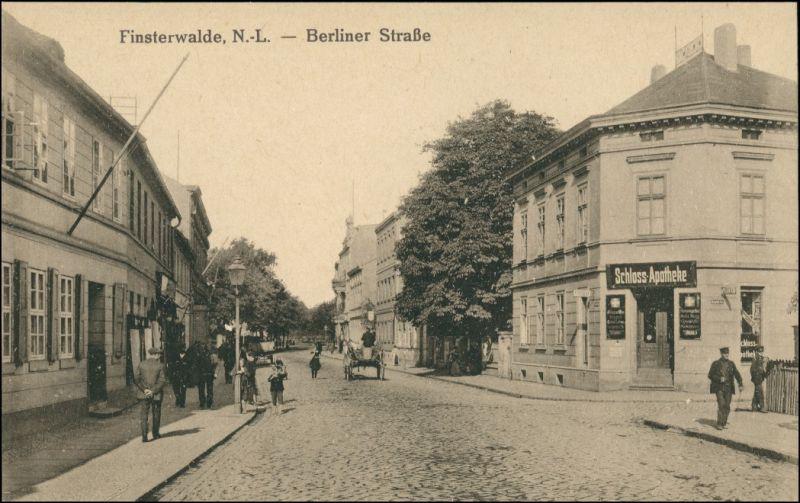 Ansichtskarte Finsterwalde Grabin Berliner Straße, Schloss Apotheke 1914