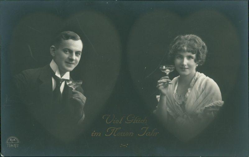 Fotokunst Mann Frau Sekt - Herzen Glückwunsch - Neujahr/Sylvester 1918