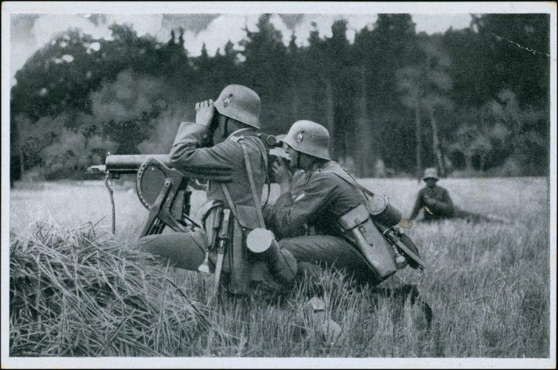 Ansichtskarte  Militär 2.WK (Zweiter Weltkrieg) im Felde 1939