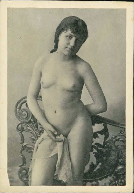 Menschen / Soziales Leben - Erotik (Nackt - Nude) Junge Frau 1923