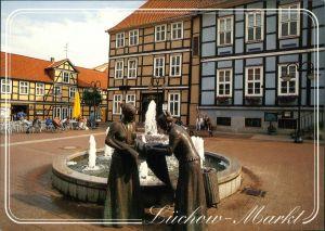 Ansichtskarte Lüchow (Wendland) Markt mit Leineweberbrunnen 1995