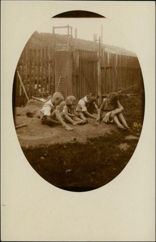 Foto Altendorf bei Kahla Kinder vor Fabrikanlage 1929 Privatfoto 0