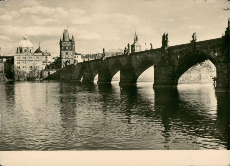 Postcard Prag Praha Karlsbrücke/Karlův most 1970