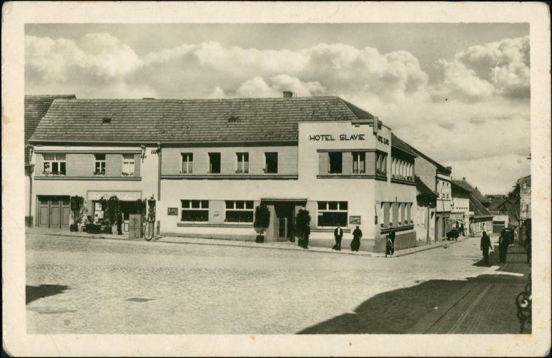 Rosenthal im Böhmerwald Rožmitál na Šumavě Strassen Partie am Hotel Slave 1954