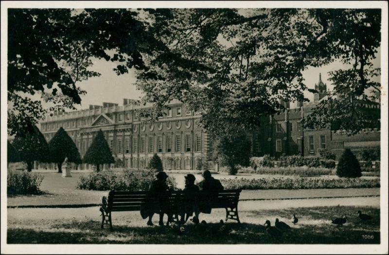 Postcard London Hampton Court 1927