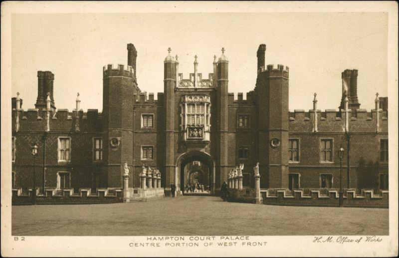 Postcard London Centre Portion of West Front Building 1926