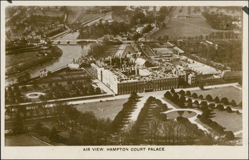 Postcard London Air view/Hampton Court Palace Luftaufnahme 1926