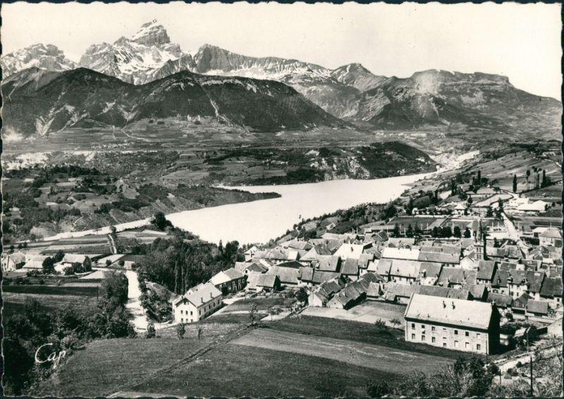 CPA Corps Vue générale et le Lac du Sautet 1957