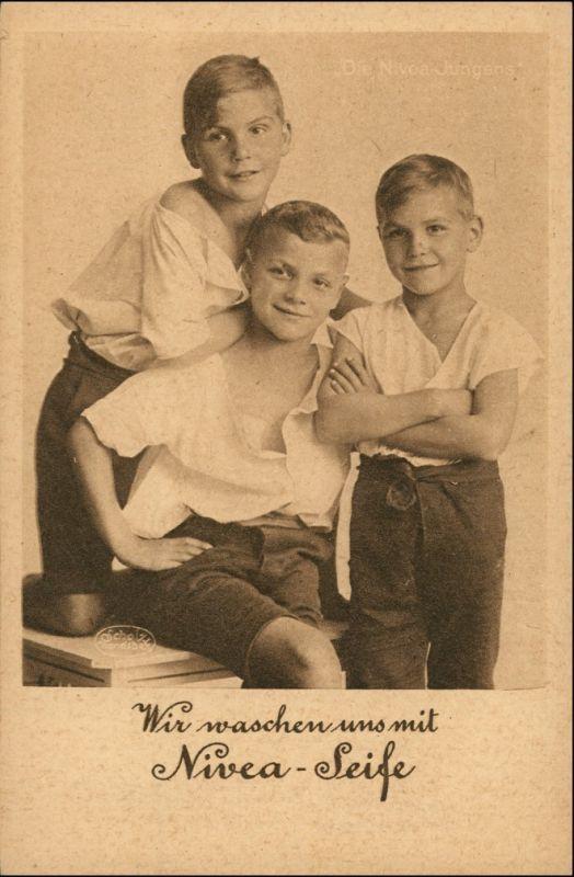 Ansichtskarte  Wir waschen uns mit Nivea Seife Jungen Werbung 1932