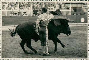 Ansichtskarte  Stierkampf, Torero, Corrida, Stier, Arena 1954