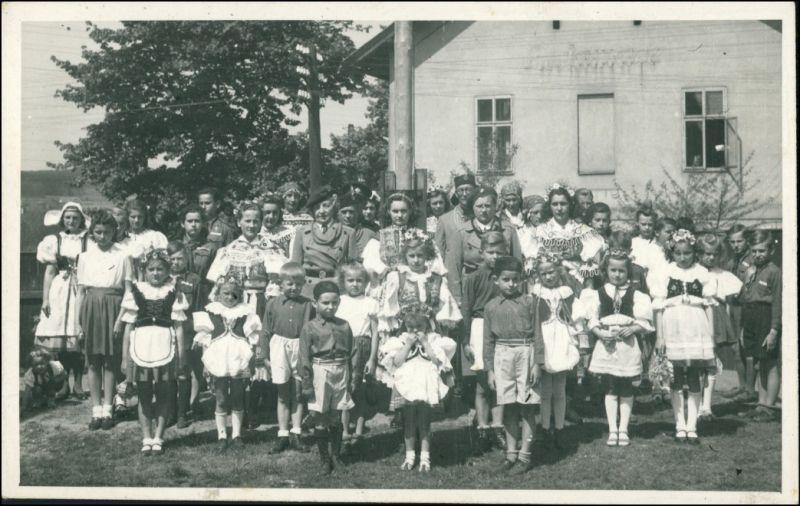 .Tschechien Kinder und Frauen in Tracht Tschechien Ceska 1938 Privatfoto
