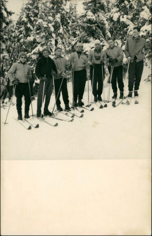 .Tschechien Tschechien Ski - Fahrer auf der Piste 1955 Privatfoto