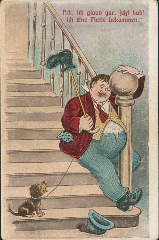 Scherzkarte Humor Mann rutscht Treppe runter, Hund amüsiert 1910