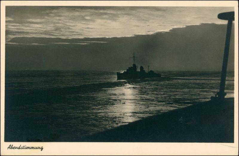 Schiffe/Schifffahrt - Kriegsschiffe (Marine) Kriegschiffe Abendstimmung 1931