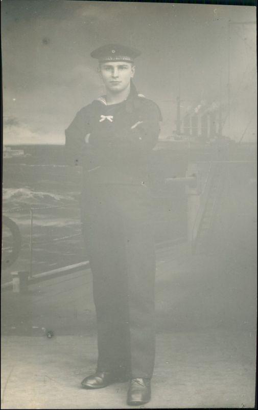 Foto  Atelierfoto WK1 Matrose Division 1914 Privatfoto