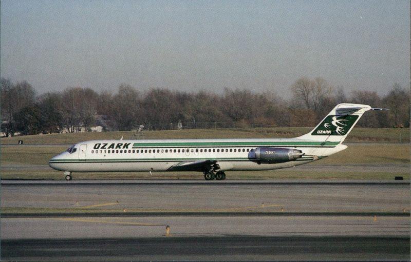 Flugzeug OZARK AIR LINES McDonnell Douglas DC-9-41 at Lambert 1984