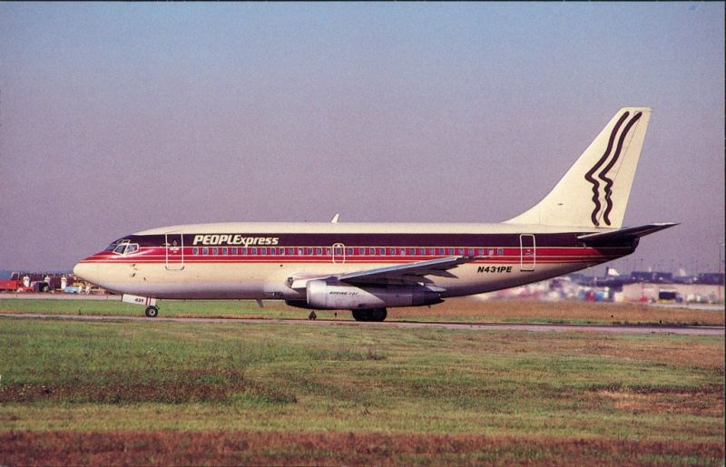 Chicago   Flugzeug PEOPLEXPRESS AIRLINES Boeing 737-217, O'Hare   1988