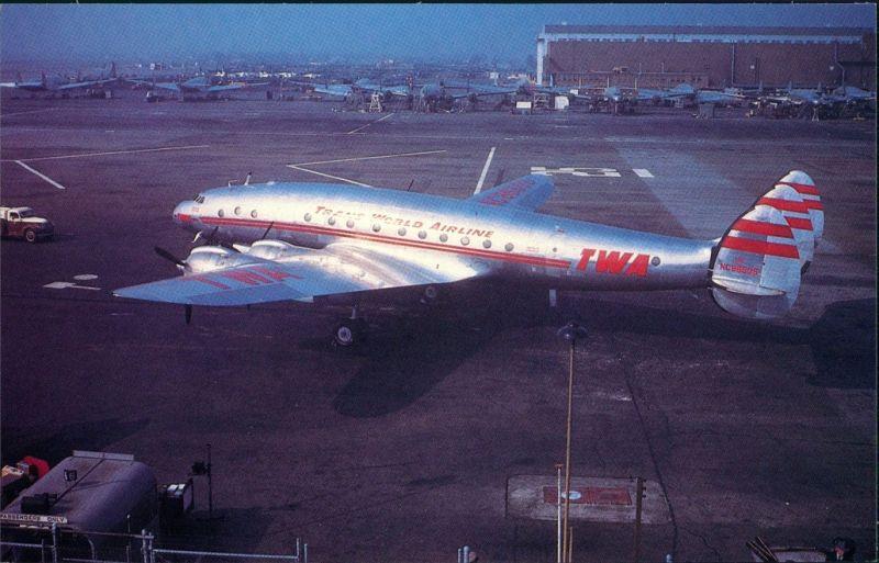 Burbank Propellerflugzeug AIRLINES Lockheed 049 Constellation Hollywood 1985