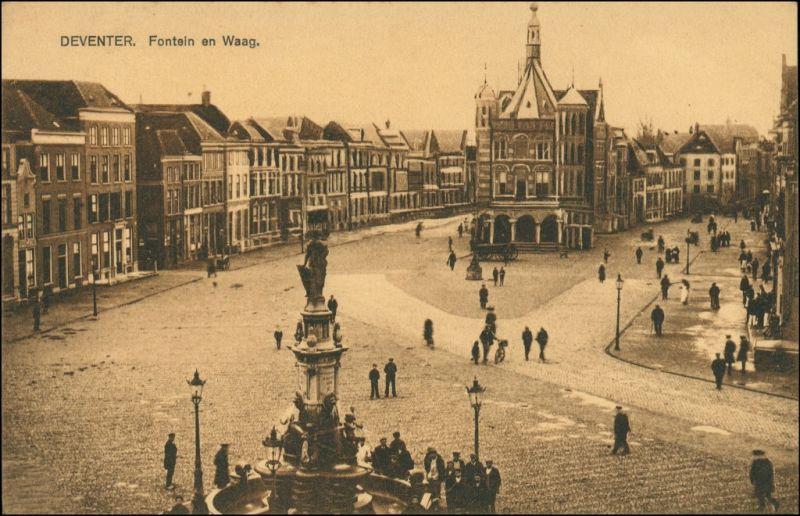 Postkaart Deventer Fontein en Waag 1913