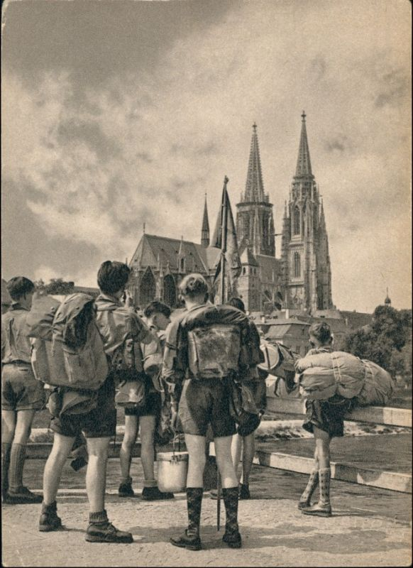 Ansichtskarte Regensburg Pfadfinder und Dom 1940