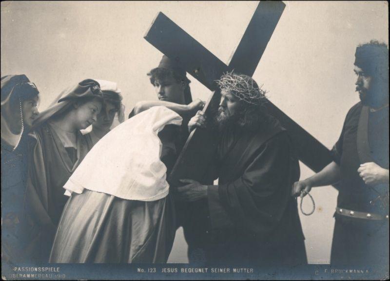 Ansichtskarte Oberammergau Passionsspiele Jesus begenet seiner Mutter 1910