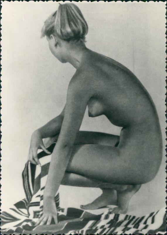 Erotik Erotika - nackte Frau Pose Fotokunst Nude 1959 Privatfoto
