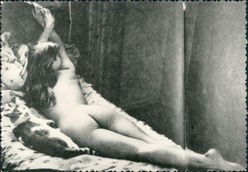nackte Frau Nude Erotik Erotika im Bett Fotokunst 1959 Privatfoto