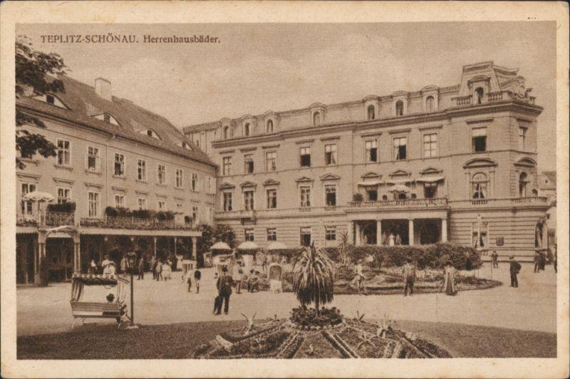 Postcard Teplitz-Schönau Teplice Herrenhaus-Bäder Vorplatz belebt 1928
