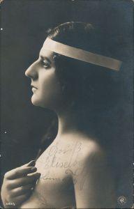 Junge Frau im Profil Menschen / Soziales Leben - Erotik (Nackt - Nude) 1910