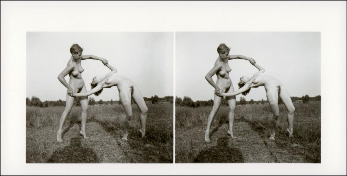Erotik (Nackt - Nude) nackt Nude Stereo zwei Frauen Übunf 1999 REPRO