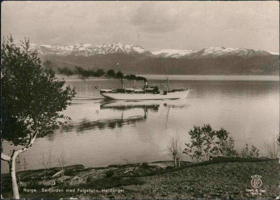 Postcard Hardanger Dampfer Sorfjorden med Folgefonn 1929