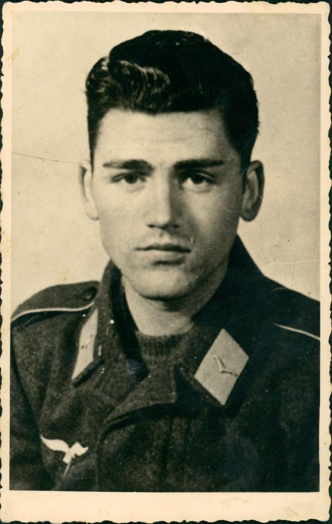 Militär Soldatenleben Foto Soldat Photo Soldier (2.WK) 1944 Privatfoto